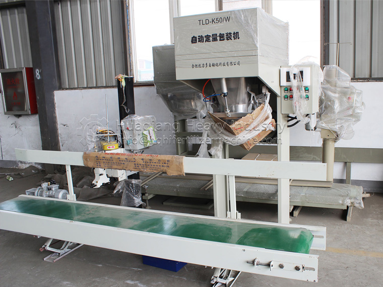 Granular Fertilizer Packing Machine